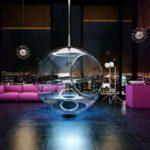 Transparent Bath with Minimalist Design